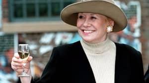 'Coronation Street' Legend, Vera Duckworth Actress Liz Dawn Dies Aged 77