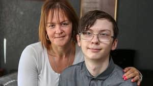 Single Mum Demands EuroMillions Winner Takes DNA Test Over 'Love Child'