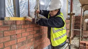 Female Bricklayer Reveals Sexist Comments She Faces At Work