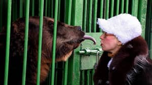 Zookeeper Known For Kissing Bears Has Leg Amputated After Being Savaged