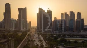 Qatar Installs Outdoor Air Conditioning Systems To Cope With Extreme Heat