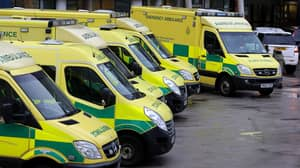 Ambulance Crew Find Thank You Letter Days After Abusive Note Went Viral