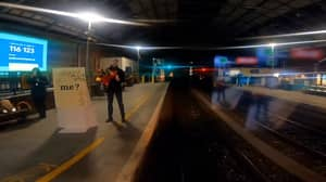 Man Proposes To Train Driver Girlfriend As She Pulls Into Dublin Station