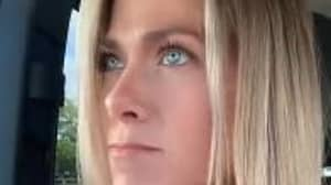 Jennifer Aniston Lookalike Takes TikTok By Storm Quoting Lines From Friends