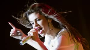 Selena Gomez Unfollows Nearly 300 Instagram Accounts Including Demi Lovato & Gigi Hadid