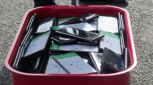Man Creates Virtual Traffic Jam On Google Maps By Carrying Around 99 Phones