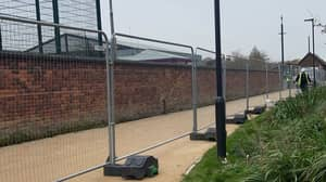 Manchester University Erects Fences To Enforce Lockdown Measures