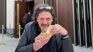 Food Critic Eats Kebab From Local Takeaway Outside Of Salt Bae's London Restaurant