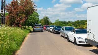 Police Called As Fans Swarm To Jeremy Clarkson's Farm Causing Huge Queues