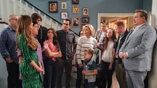 Netflix UK Picks Up Streaming Rights To Modern Family And New Girl