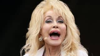 Dolly Parton just gave 3,000 books to schoolchildren in Cork