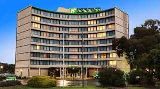 Victoria 'On The Brink' Of Third Lockdown As Holiday Inn Cluster Grows To 13