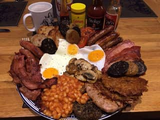 This Is Apparently What The Ideal Full English Breakfast Should Be Like