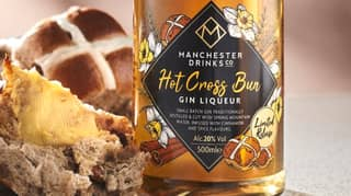 Aldi Australia Is Releasing Hot Cross Bun Flavoured Gin In Time For Easter