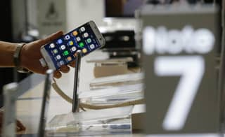 Galaxy Note 7 Users Urged To Turn In Their Dangerous Smartphones