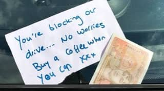 Paramedics Are Being Left Kind Notes And Money 'For Coffee'