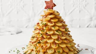 There's Now A Recipe For A Chicken Crimpy Shapes Christmas Tree