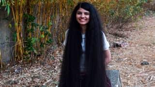 Teenager Breaks Her Own Record As Hair Measures In At 6ft 2in Long