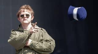 Lewis Capaldi Trolls Noel Gallagher During Intro To His Glastonbury Set