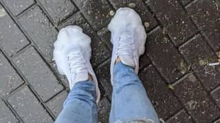 Man's Trainers Foam Up In The Rain After He Uses Vanish To Clean Them