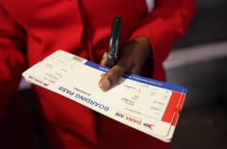 Here's Why You Should Never Upload Your Boarding Pass To Social Media