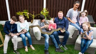 Family Of Eight Lives With 81 Exotic Animals