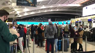 Passengers Crowd Heathrow For Last Flight To Dublin Before Travel Ban