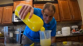 Man Breaks World Record By Drinking Litre Of Lemon Juice In 17 Seconds