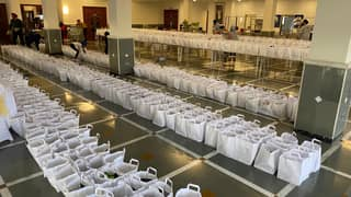 Sikh Congregation And Local Community Make 3,500 Meals For Stranded Lorry Drivers