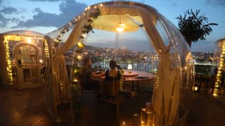 Restaurant In Turkey Fits Plastic Domes For Diners Post-Lockdown