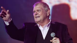 John Farnham Slams Anti-Lockdown Protestors Singing 'You're The Voice'
