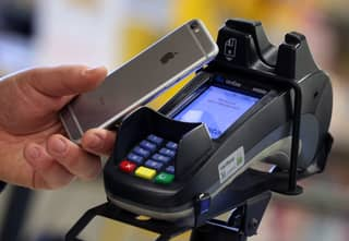 WHO Advises Shoppers To Use Contactless To Help Stop Spread Of Coronavirus
