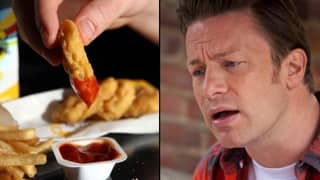 Jamie Oliver Gets Mugged Off By A Group Of Kids Over Chicken Nuggets