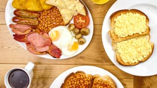 Hungry Horse Offering Customers Full English Breakfast For Just £1.65