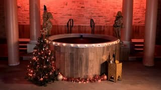 Mulled Wine Spa Day Complete With Mulled Wine Hot Tub Is Coming To The UK