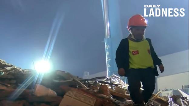 Man With Dwarfism Uses Small Size To Rescue Turkey Earthquake Victims