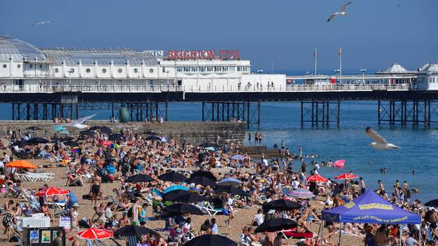 Met Office Predicts Hot Weather For UK After 19 July