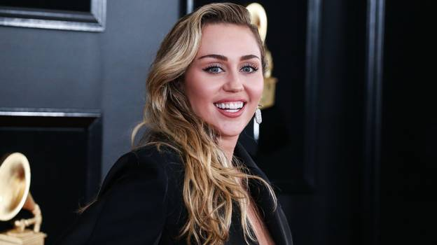 Miley Cyrus Claims She Once Had An Encounter With A UFO
