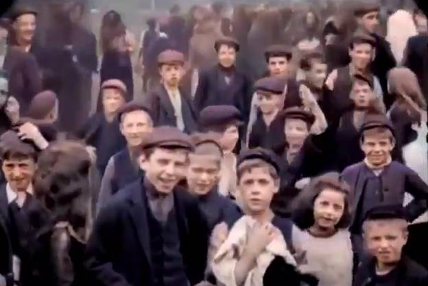 Colourised Footage From 1901 Shows Victorians Fascinated By Camera