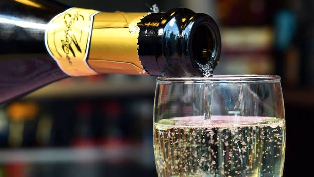 Prosecco Hangovers Are Officially The Worst, Experts Say