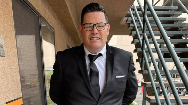 Fans Are Calling For Mark Labbett To Be Next James Bond After Losing 10 Stone