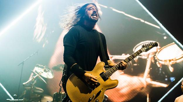 Foo Fighters Fans 'Throw Albums In Bin' After Band Announce 'No Vaccine, No Gig'