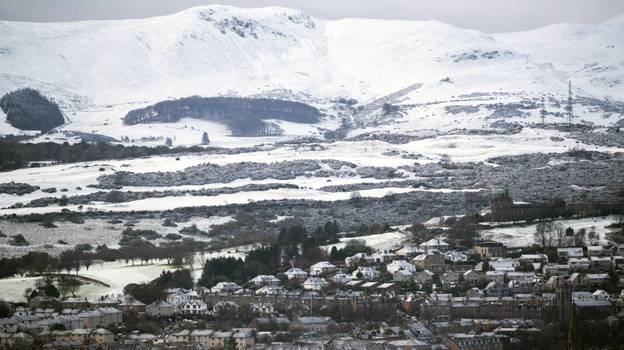 Police Reassure Scots After Reports Of Explosions Turn Out To Be 'Thundersnow'