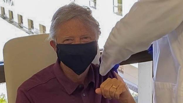 Bill Gates Says He Will Still Wear A Mask Even After Getting Covid-19 Vaccine