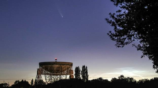 Mysterious Radio Bursts From Deep Space Arrive Right On Time