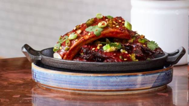 Restaurant Serving 'Hottest Ribs In The World' That You Need To Sign A Waiver To Eat