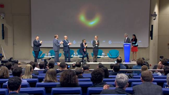 The press conference in Brussels. Credit: European Southern Observatory