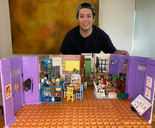Man Spends Lockdown Building Exact Replica Of Apartment From Friends