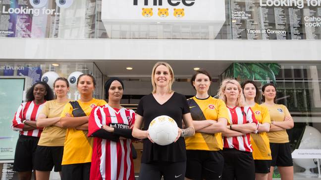 Kelly Smith and Women's Super 5 League players at the Three flagship store. Credit: Three