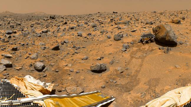 This a classic 1997 panorama from the mast of NASA's Mars Pathfinder lander includes